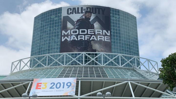 CoD:MW:E3 2019 会場に巨大ポスター出現、クローズドセッションやパネル以外の発表にも期待