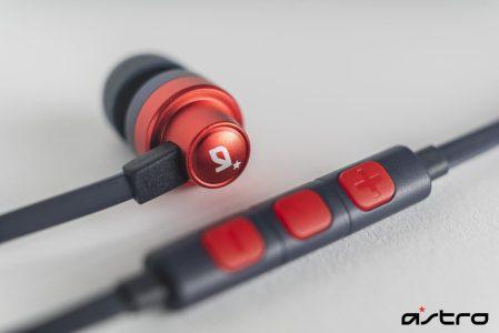 """ASTRO:初のゲーミングイヤホン「A03 インイヤーモニター」販売開始、""""ホワイト""""と""""ネイビー""""の2色で価格は6,050円"""