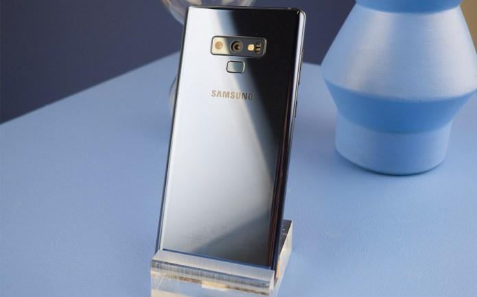 Đây có thể được xem là chiến thắng đầu tiên của Galaxy Note 9 trước iPhone X ngay sau khi ra mắt.