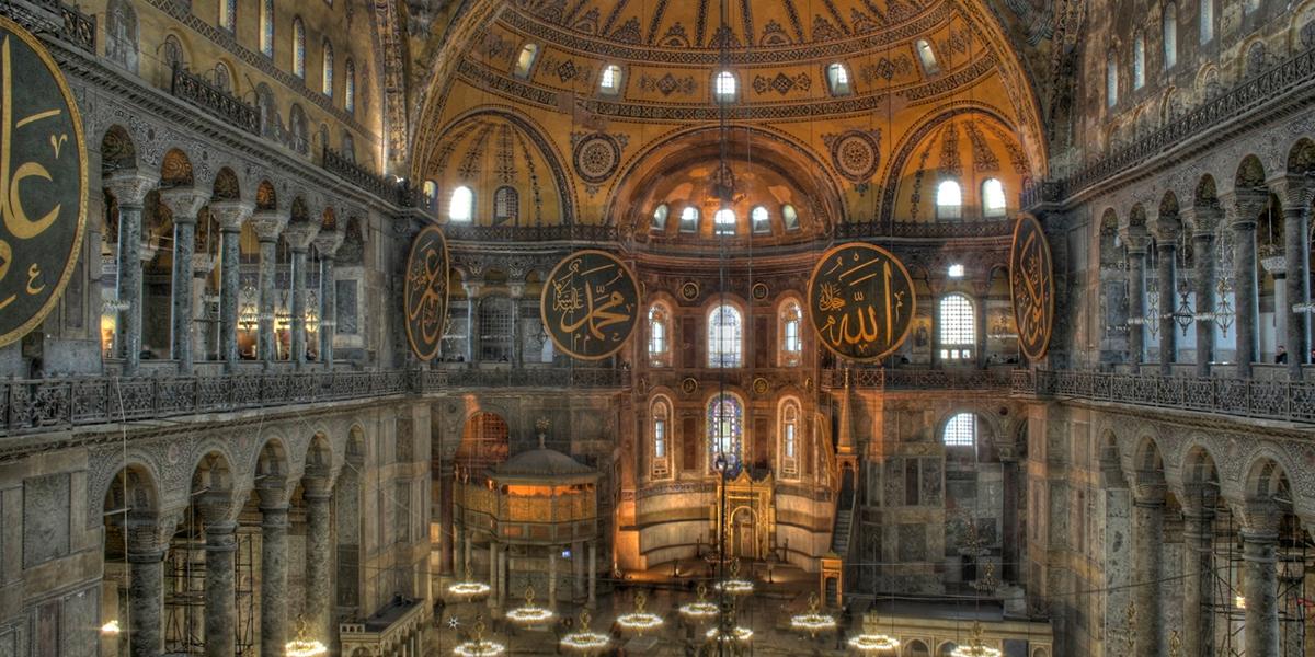 La basilique Sainte-Sophie rendue à l'islam comme une arme de guerre