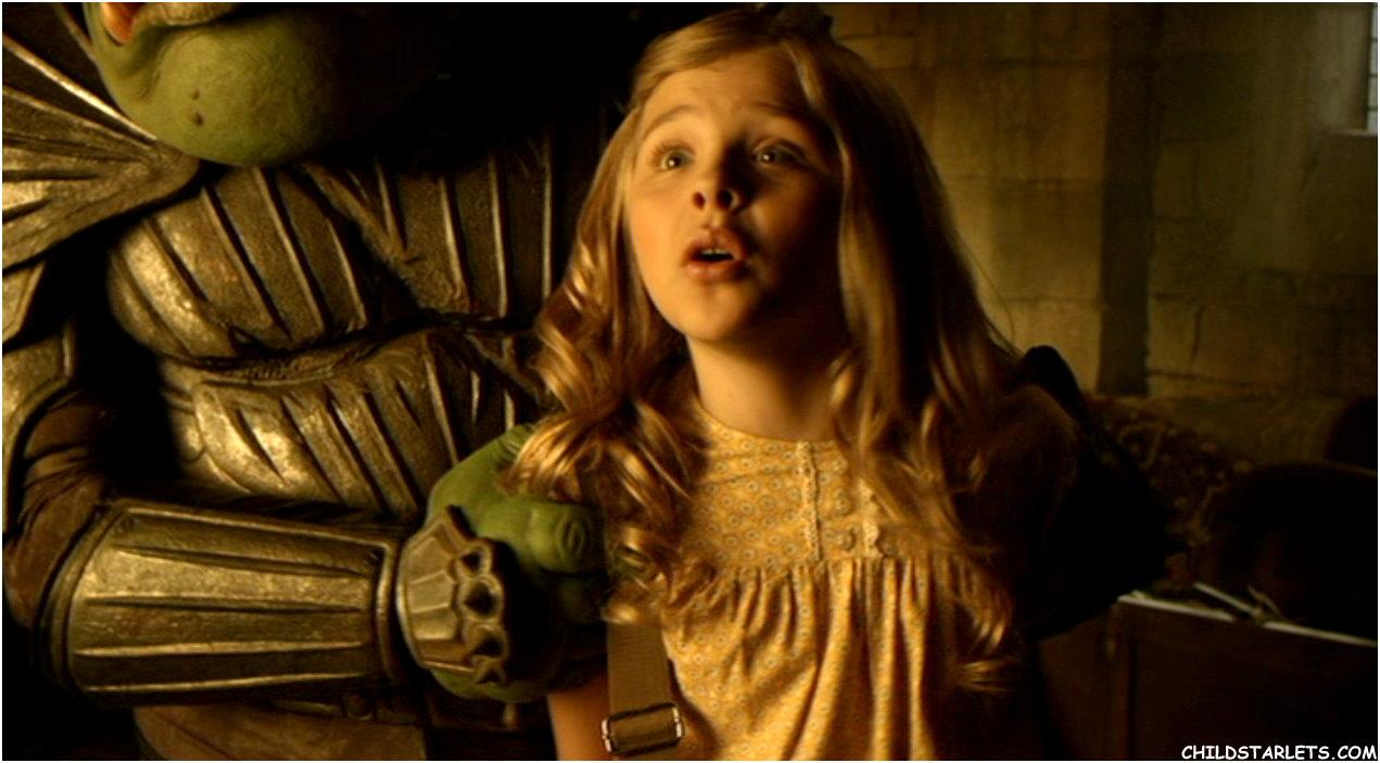 Chlo Grace Moretz Nue dans Jack and the Beanstalk