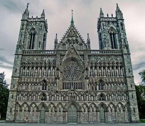 """Résultat de recherche d'images pour """"cathédrale gothique"""""""