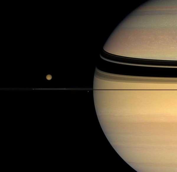 Pourquoi Chercher Sur Titan Les Origines De La Vie Terrestre