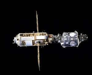 Zarya et Unity (à droite), les deux premiers modules de la Station spatiale lancés en 1998. © Nasa