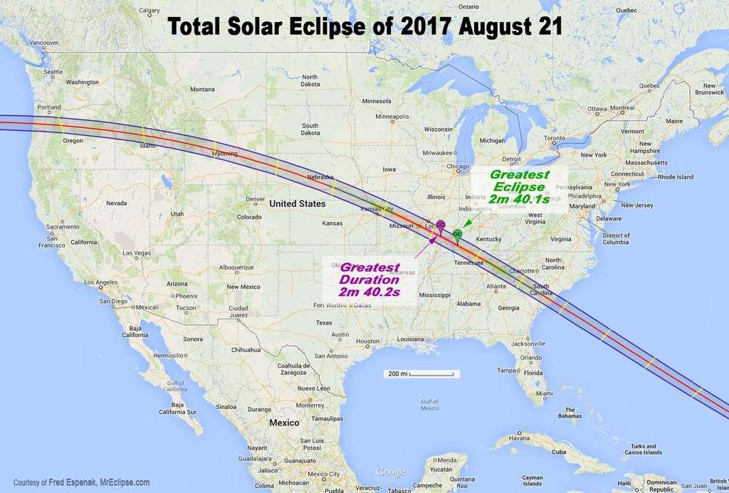 Carte de l'éclipse totale du Soleil qui traversera les États-Unis. © Fred Espenak, mreclipse.com