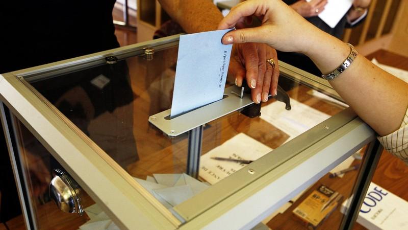 Bulletin de vote lors des élections présidentielles - CC-BY-20