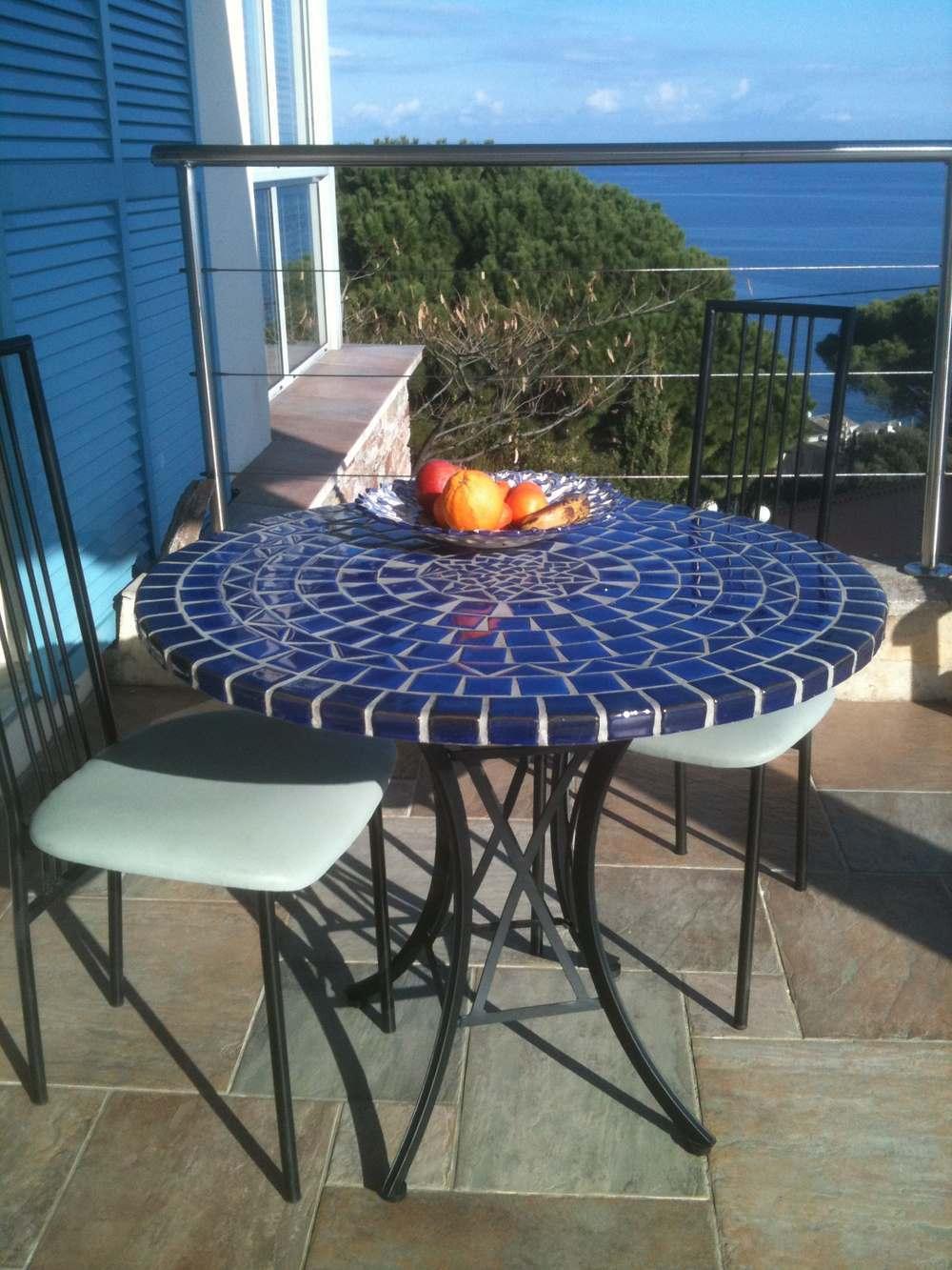 table mosaique et fer forge ronde 90 cm