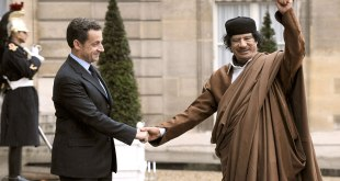 Hand shake, Sarko and Kadhafi