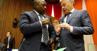 """De gauche a droite. """"Joseph KABILA"""" president de RDC et Didier REYNDERS ministre des affaires étrangères de Belgique"""