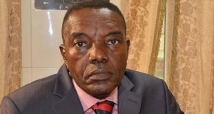 "André-Alain Atundu Liongo, Porte-parole de la Majorité présidentielle (MP) de ""Joseph Kabila"""