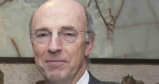 Bertrand DE CROMBRUGGHE, ancien Ambassadeur de la Belgique en RDC.