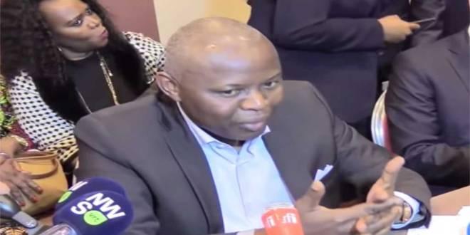 Vital KAMERHE LWA KANYINGINGYI, entrain de répondre aux questions des journalistes, Bruxelles, 12 Sep. 2018.