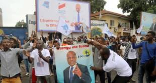 Bain de foule pour le retour Martin Fayulu, candidat commun de l'opposition a la présidentielle.