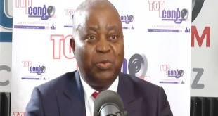 Adolphe MUZITO, membre de la coalition Lamuka, lors d'une émission sur Topcongo FM.