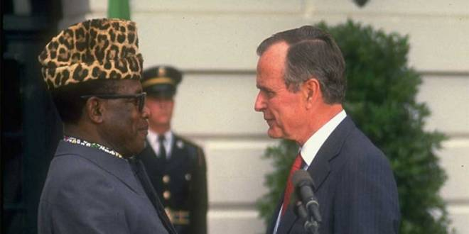Mobutu et George W.H. BUSH, Maison Blanche, Washington, USA.