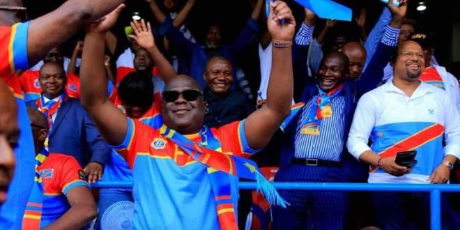 Eliminatoire CAN 2019 : Fatshi [en lunette noire] lors de la rencontre entre la RDC et le Liberia