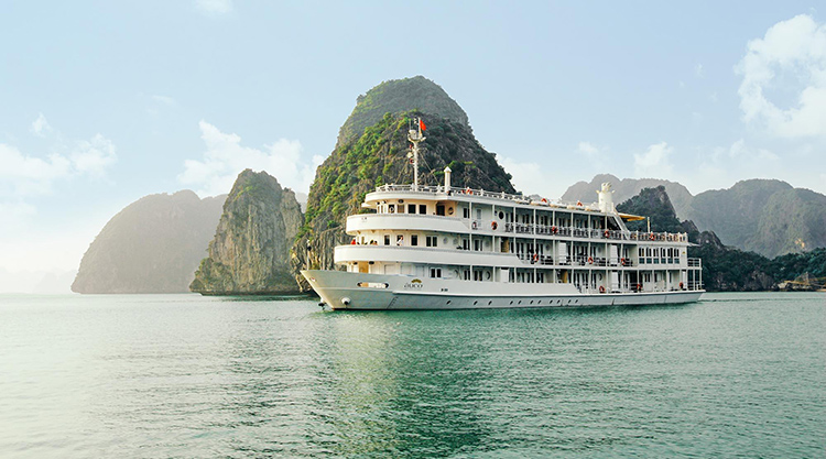 baie d'Halong - Au Co Day Cruise -