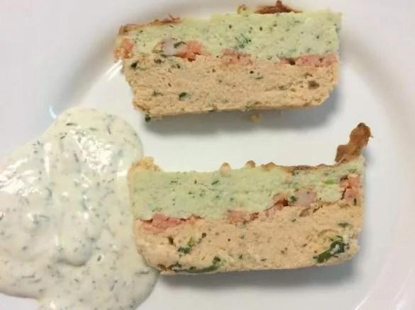 terrine aux deux poissons separes de crevettes queues d ecrevisses crevettes cocktail ou saumon
