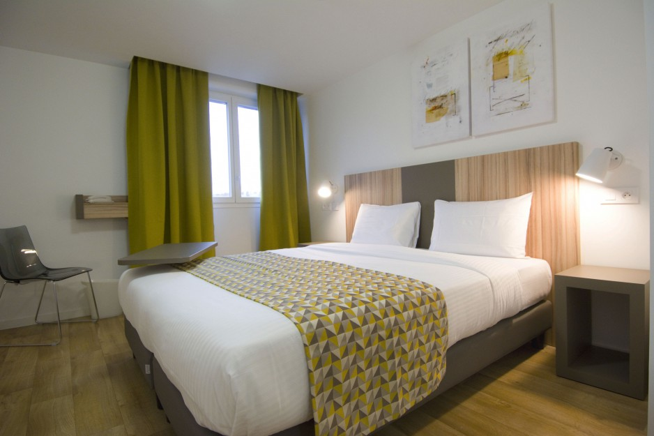 Appart Hotel Paris  RoomForDay