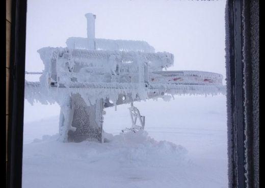 snow, station