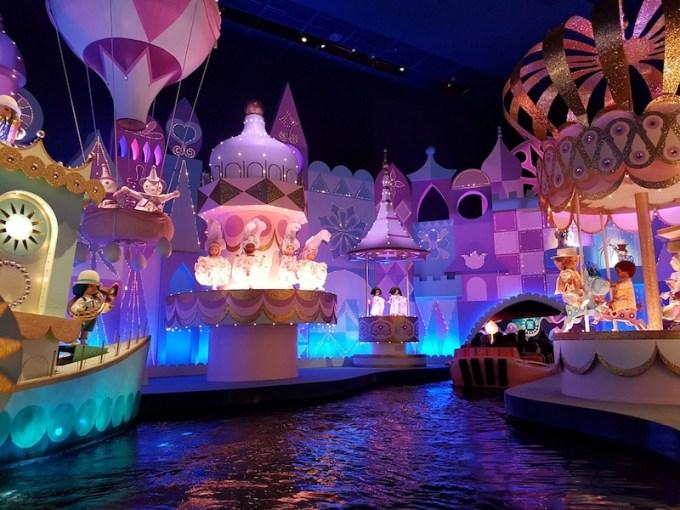It's a smallworld Disneyland - Paris