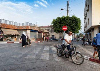 Les Algériens appelés à « rester chez eux » après une hausse des cas au Covid-19