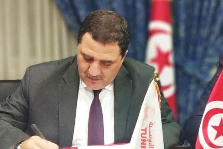 Confidentiel : Limogeage du PDG de Tunisair à couteaux tirés