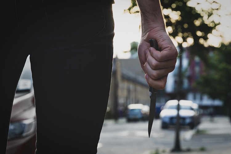 Attentat de Nice : Armé d'un couteau, il voulait égorger l'assaillant dans son lit d'hôpital