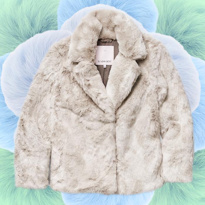 aritzia-faux-fur-very-joelle-paquette