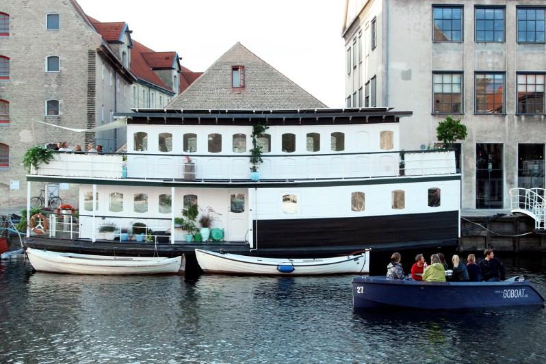 copenhagen-very-joelle-boat