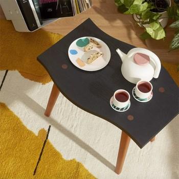 Un ensemble à thé en céramique fabriqué au Québec vendu sur la Fabrique 1840 Simons