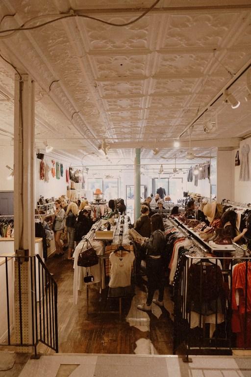 Boutique de vêtements vintage Common Sort dans l'est de Toronto