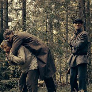 Dans la brume - film 2012 - AlloCiné