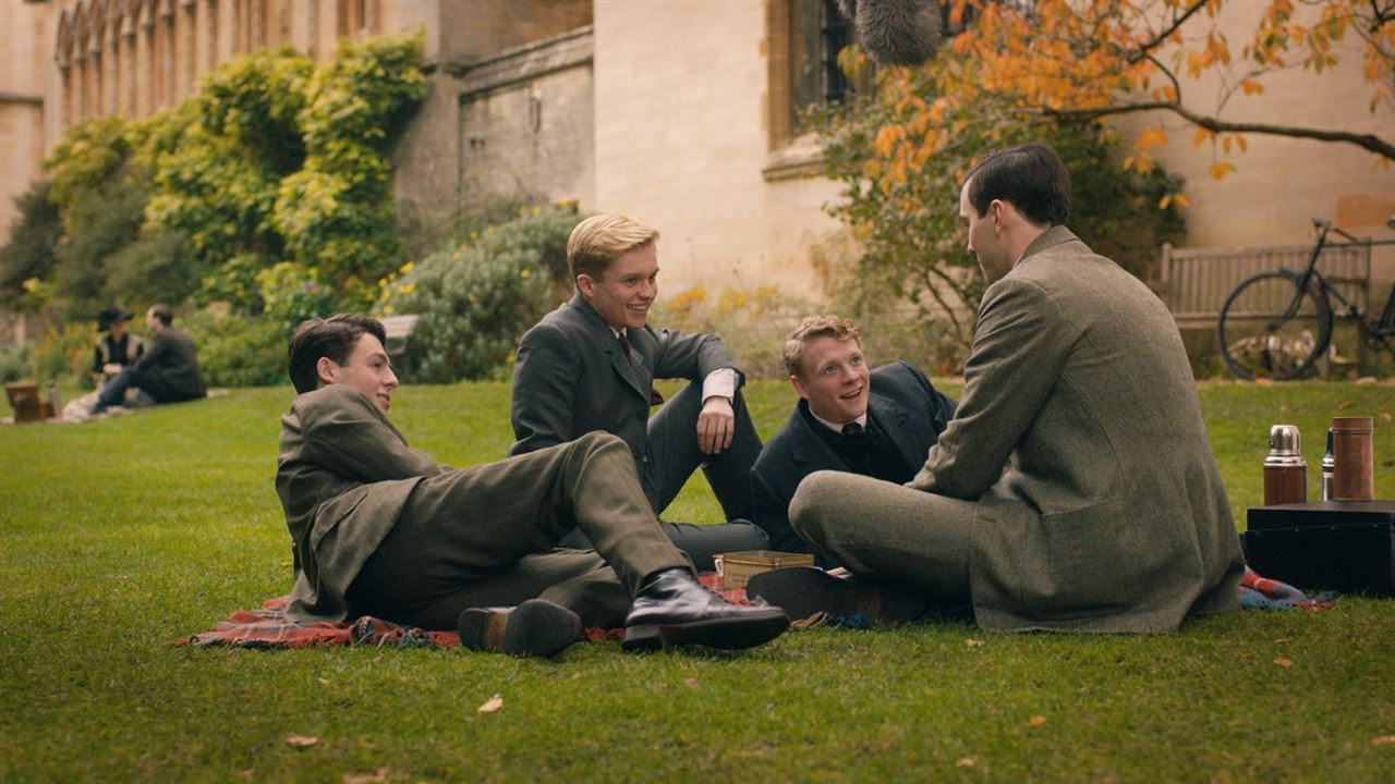 Tolkien : Photo Anthony Boyle, Nicholas Hoult, Patrick Gibson, Tom Glynn-Carney