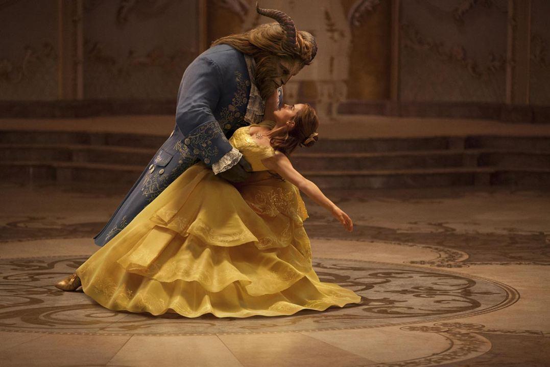La Belle et la Bête : Photo Dan Stevens, Emma Watson