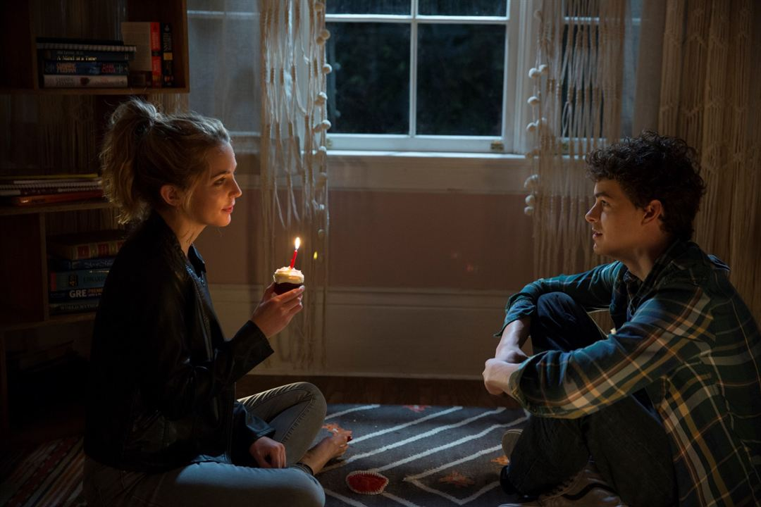 Happy Birthdead : Photo Israel Broussard, Jessica Rothe