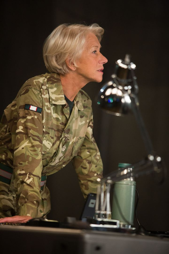 Colonel Katherine Powell (Helen Mirren)