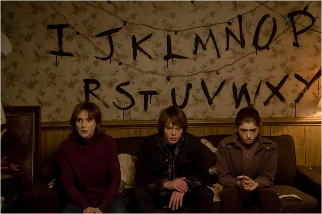 Photo Charlie Heaton, Natalia Dyer, Winona Ryder