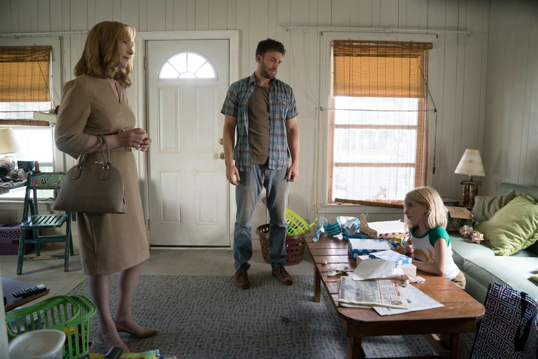Mary : Photo Chris Evans, Lindsay Duncan, Mckenna Grace