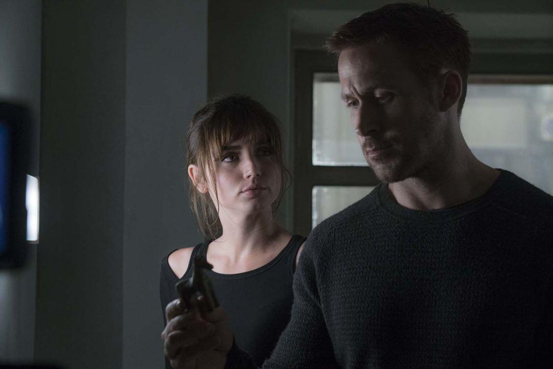 Blade Runner 2049 : Photo Ana de Armas, Ryan Gosling
