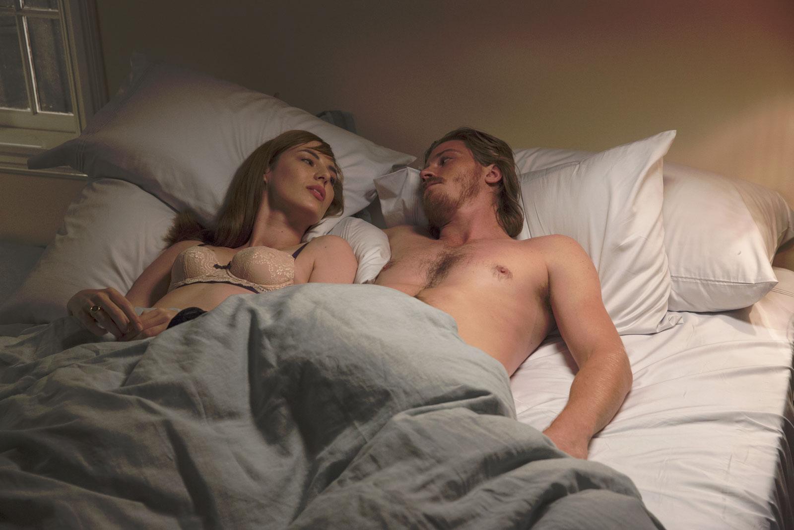 Millie (Louise Bourgoin) et Thomas (Garrett Hedlund)