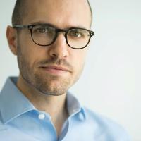 Le jeune patron du New York Times sort de l'ombre pour faire face à Trump