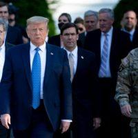 Au Etats-Unis le ministre de la Défense ne veut pas déployer l'armée face aux manifestants