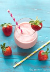 Strawberry-Peach-Malted-Smoothie-4