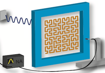 Fractal lens can focus microwaves 15 times smaller than their wavelength