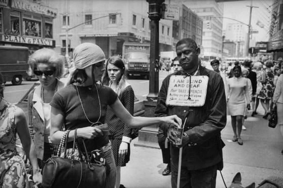 Garry Winogrand, New York, ca. 1968