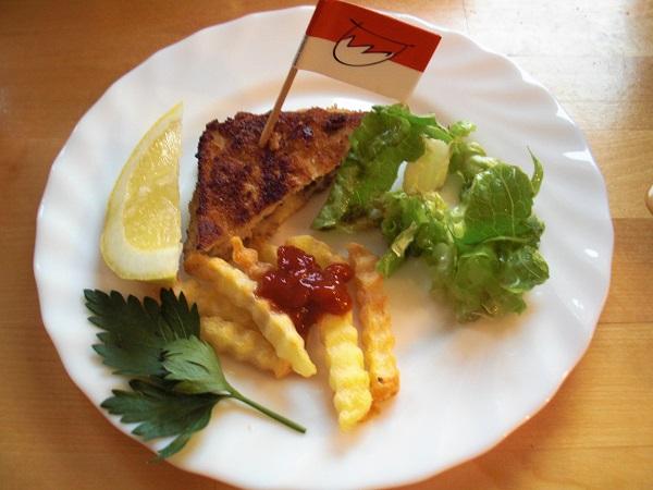 Wiener Schnitzel und fränkisches Vollbier in der Grundschule
