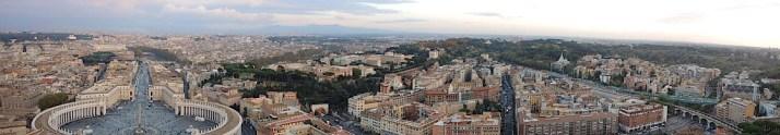 Rzym_widok z kopuły Bazyliki św. Piotra w Watykanie 02