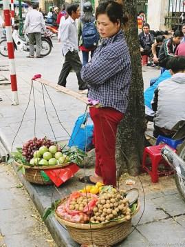 Wietnam jedzenie na ulicach Hanoi-011