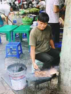 Wietnam jedzenie na ulicach Hanoi-022